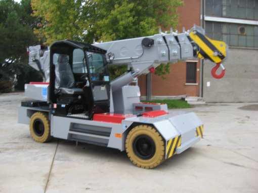 180e 2 - Valla 180E-D Pick and Carry Crane