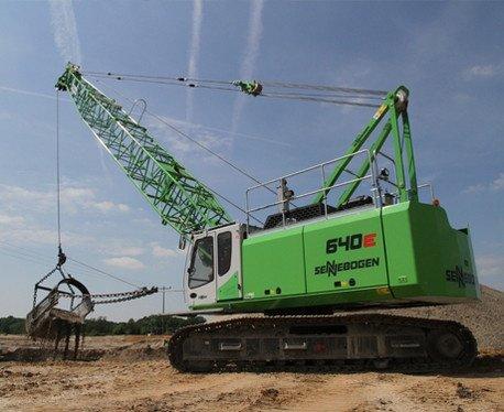 Sennebogen 640 dragline crane