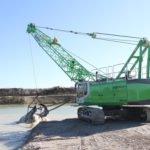 Sennebogen 655 dragline crane