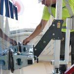 Glass-lifting-device-racelift-3